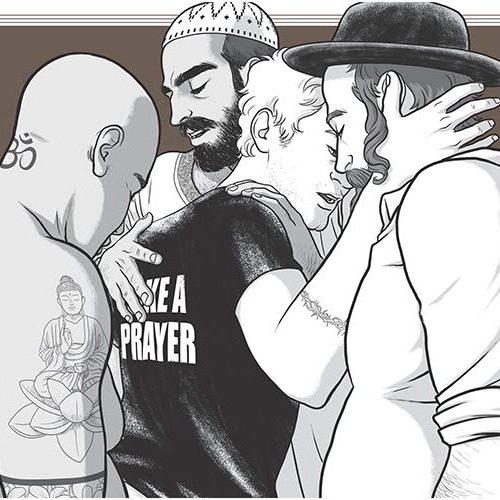 uomini con simboli di appartenenza religiosa che si baciano